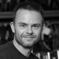 Tom Schmidt Nielsen : Mounting